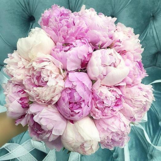 Свадебный букет пионов 35 шт: букеты цветов на заказ Flowwow