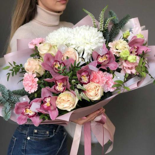 Новогодний поцелуй: букеты цветов на заказ Flowwow