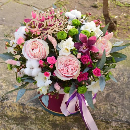 Восхитительная цветочная шляпная коробка