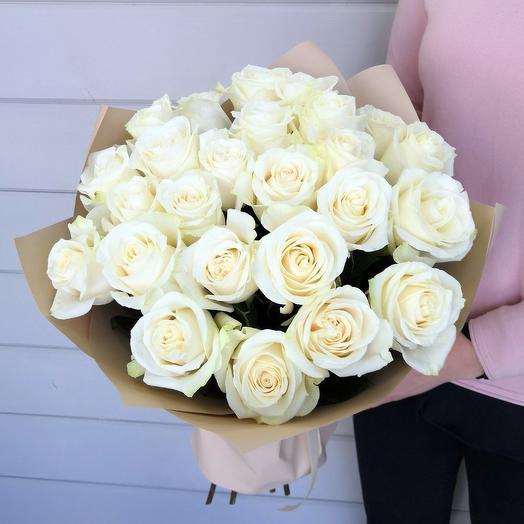 25 белых роз Эквадор: букеты цветов на заказ Flowwow