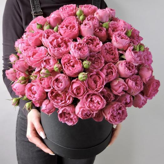 Большая коробка пионовидных роз