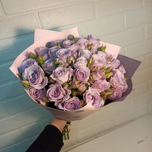 Букет ароматных нежных роз