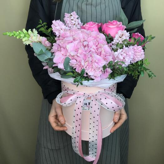 Коробка с цветами «Нежнось»