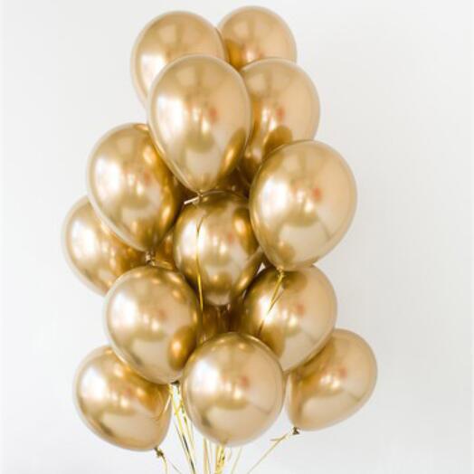 Фонтан из 15 золотых шаров