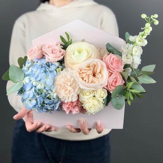 Коробочка «Посылка для особенной»