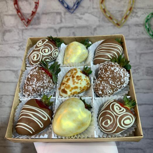 Клубника в бельгийском шоколаде 9шт