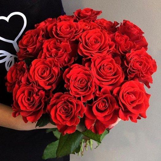Букет из 21 красной местной розы 60 см: букеты цветов на заказ Flowwow