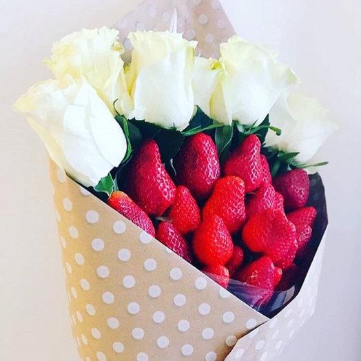 Сладкий букет «пять роз»: букеты цветов на заказ Flowwow
