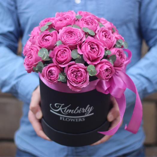Пионовидные розы в коробке: букеты цветов на заказ Flowwow