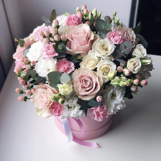Цилиндр Нежность: букеты цветов на заказ Flowwow