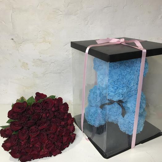 Мишка в розах: букеты цветов на заказ Flowwow