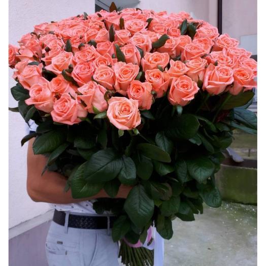 101 персиковая роза: букеты цветов на заказ Flowwow
