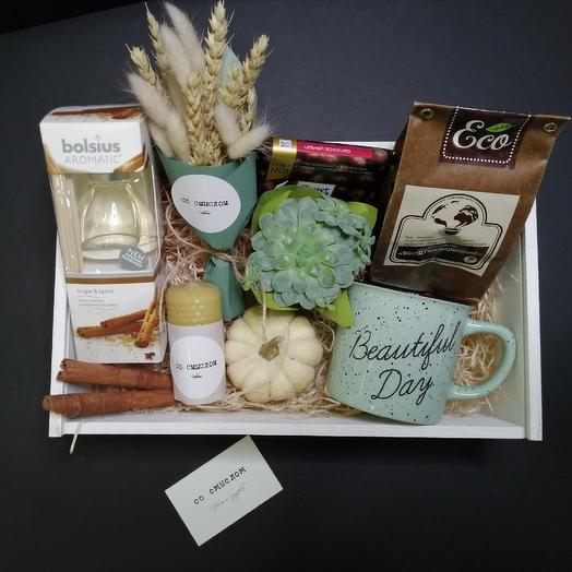 Подарочный набор в деревянном ящичке: букеты цветов на заказ Flowwow