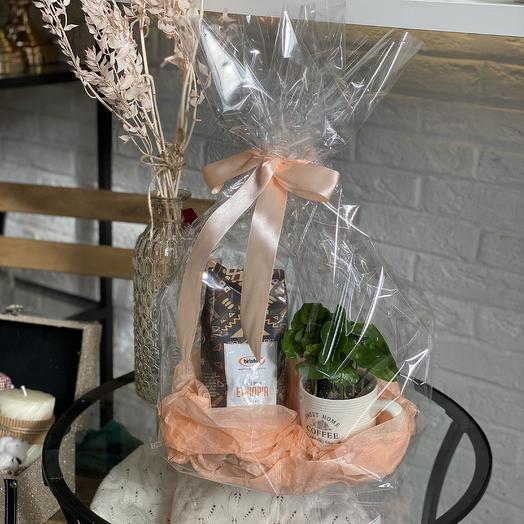 Набор кофе в зёрнах и кофе арабика в чашке: букеты цветов на заказ Flowwow