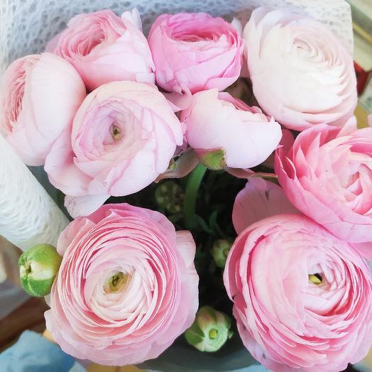 Ранункулюсы 9шт: букеты цветов на заказ Flowwow