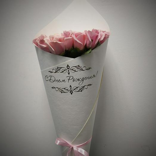 Розы белорозовые