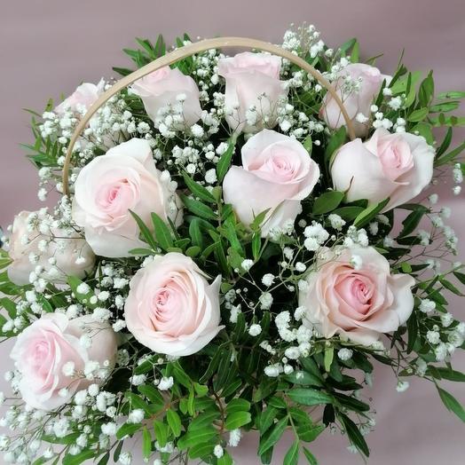 Корзина 11 розовых роз