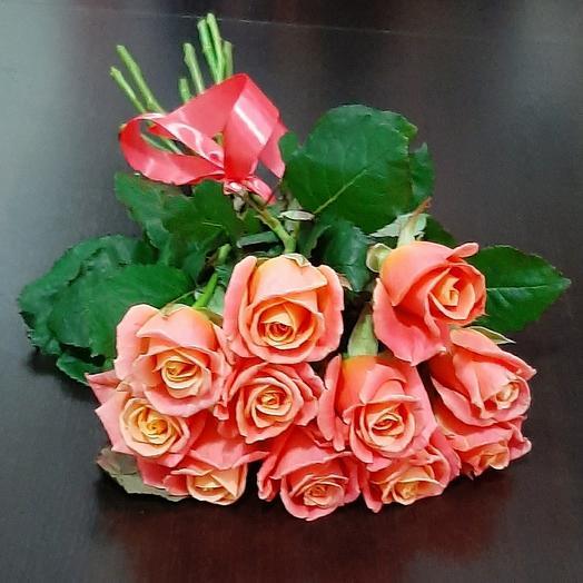 11 роз Мисс Пигги