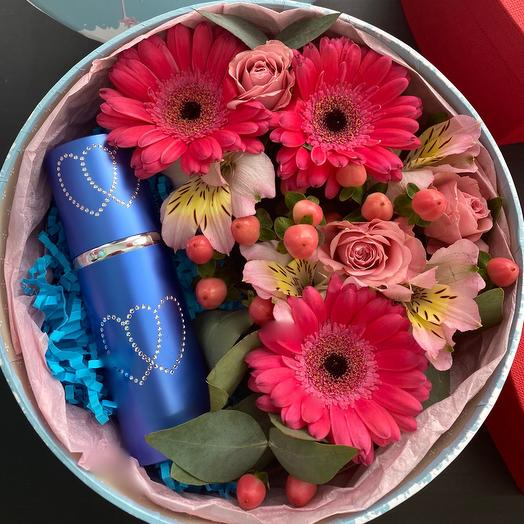 Парфюм 55мл в коробке с цветами