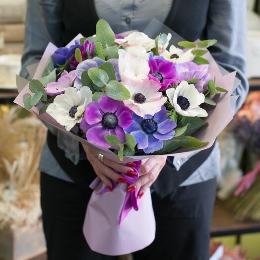Букет цветов Анемоны