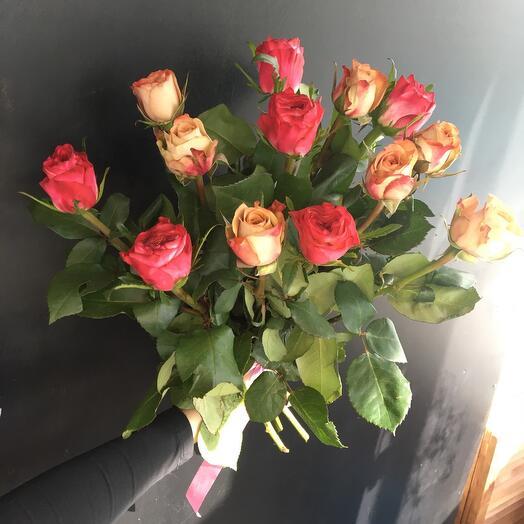 Розы с бантом 💐
