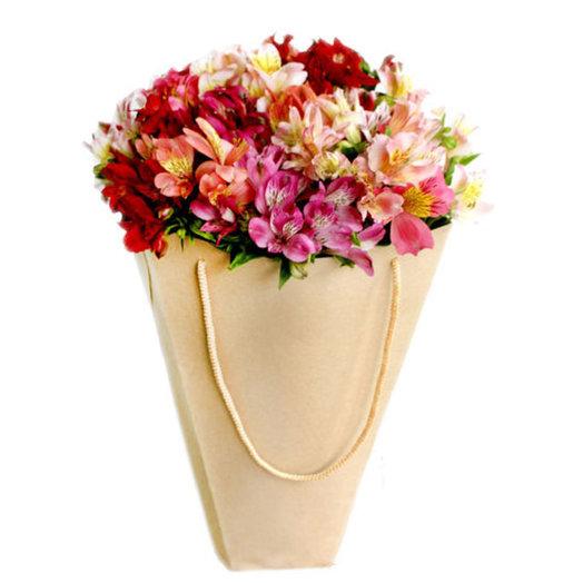 Букет из альстромерии Первое свидание: букеты цветов на заказ Flowwow