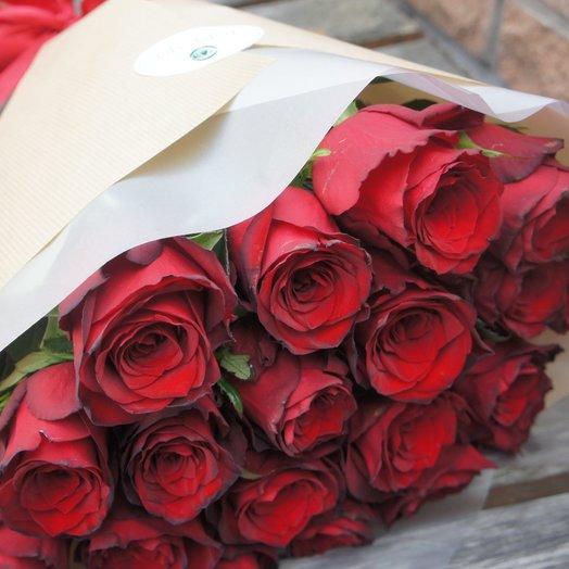 Яркость роз: букеты цветов на заказ Flowwow