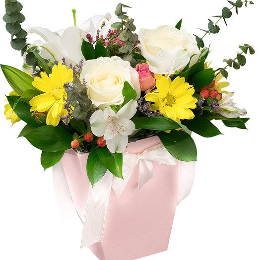 Астоия: букеты цветов на заказ Flowwow