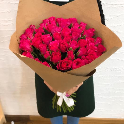 51 малиновая роза: букеты цветов на заказ Flowwow