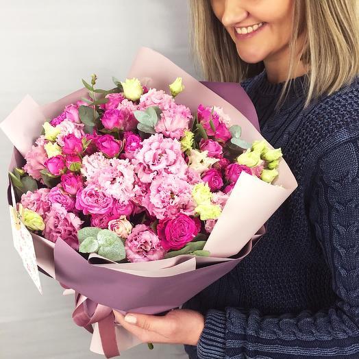 Кружевной букет из пионовидных роз и эустомы: букеты цветов на заказ Flowwow