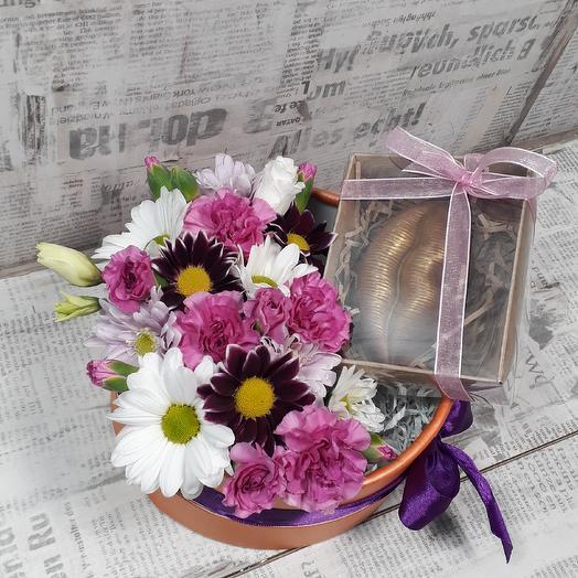 Композиция из цветов и бельгийского шоколада: букеты цветов на заказ Flowwow