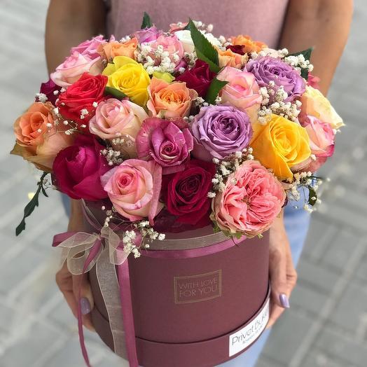 35 роз микс в шляпной коробке: букеты цветов на заказ Flowwow