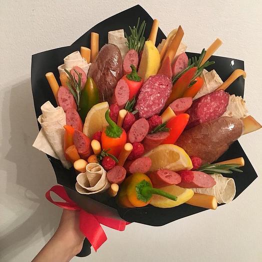 Мужской букет Покоритель Сердец: букеты цветов на заказ Flowwow
