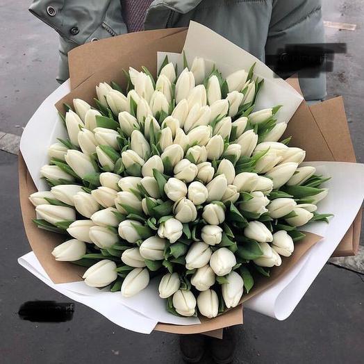 Тюльпаны в двойной упаковке 101 шт: букеты цветов на заказ Flowwow