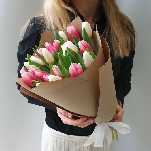 Нежный 25 тюльпанов: букеты цветов на заказ Flowwow