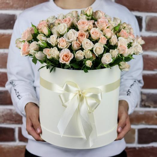 Шляпная коробка из кустовой розы (35 шт). N840