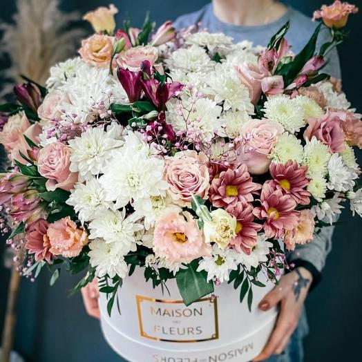 Цветы в коробке Люкс