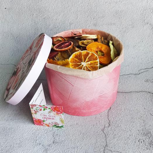 Подарочная коробка с 0,5 кг фруктовых слайсов без сахара