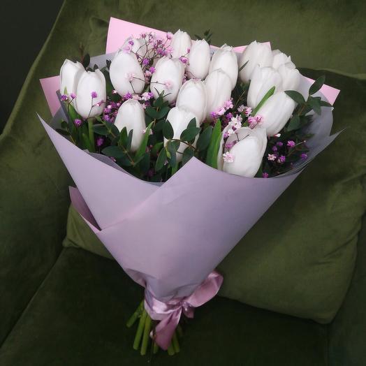 """Букет с белыми тюльпанами """"Дыхание весны"""""""