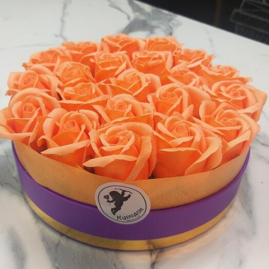 Композиция из 21мыльной розы