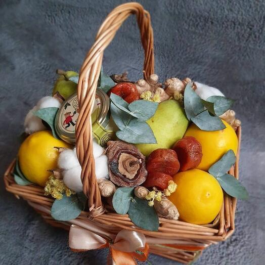 Подарочная корзина фрукты сухофрукты