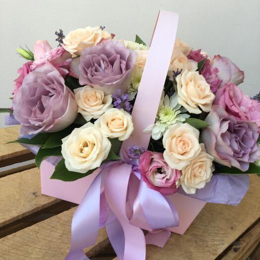 Цветы в коробке Нежнее нежного