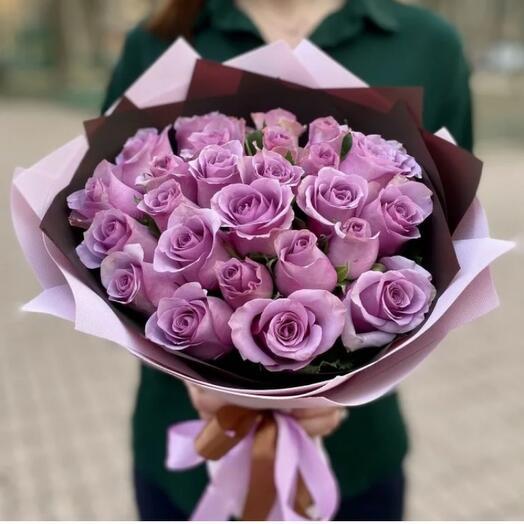 25 лавандовых роз