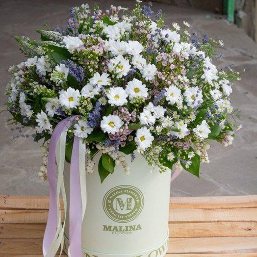 Шляпная белая коробка полевых цветов: букеты цветов на заказ Flowwow