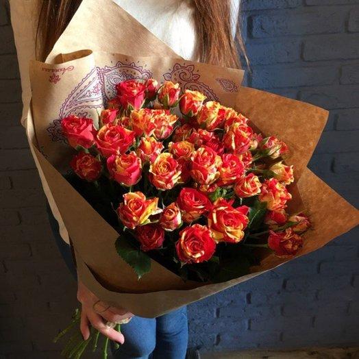 Розы кустовые 9 шт: букеты цветов на заказ Flowwow