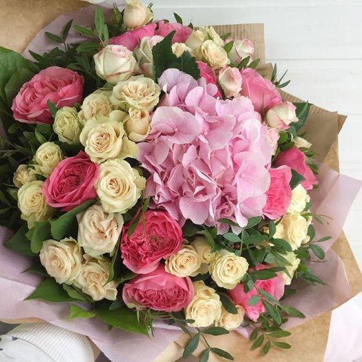 Авторский букет с пионовидными розами: букеты цветов на заказ Flowwow