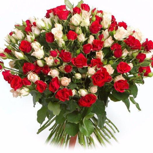 Букет из 51 кустовой розы: букеты цветов на заказ Flowwow