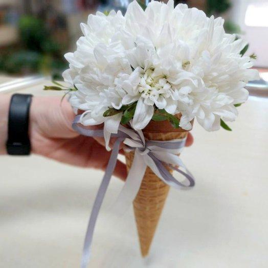 Ванильный цветочный рожок.: букеты цветов на заказ Flowwow