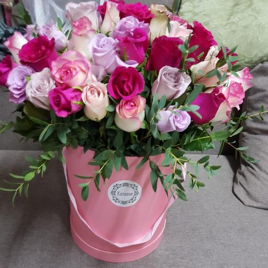 51 роза в коробочке: букеты цветов на заказ Flowwow