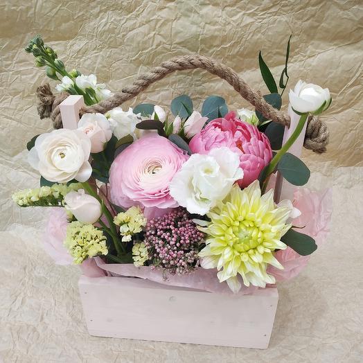 """Композиция в ящике """"Пастила"""": букеты цветов на заказ Flowwow"""